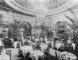 5thAve_WaldorfAstoria_Interior_PalmGarden_1902